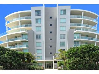 View profile: North East Ground Floor Unit with Huge Courtyard