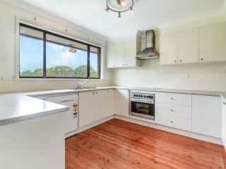 View profile: Lovingly maintained home in fabulous Figtree
