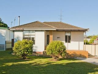 View profile: Spacious Family Home!!!!!