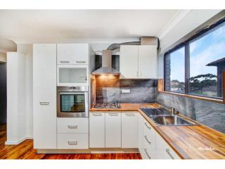 View profile: UPDATED APARTMENT!!
