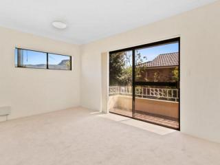 View profile: Renovated Two Bedroom Apartment