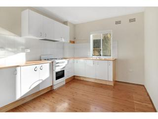 View profile: MODERN 2 BEDROOM APARTMENT WITH AN IDEAL LOCATION!!!!!