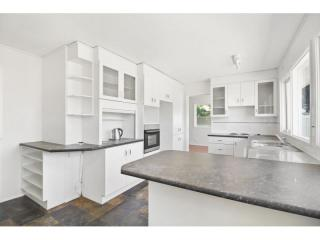View profile: LARGE RENOVATED HOUSE!!!