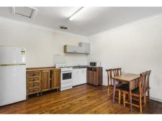 View profile: IDEALLY LOCATED TWO BEDROOM APARTMENT!!!