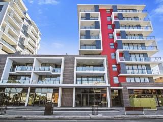 View profile: Luxury Cosmopolitan Residence
