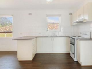 View profile: IDEAL LOCATION!!!!!