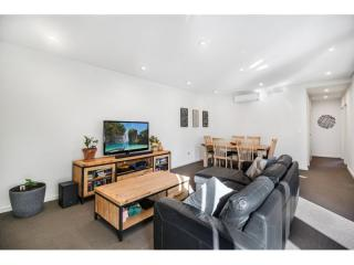 View profile: NEAR NEW APARTMENT WITH IDEAL LOCATION!