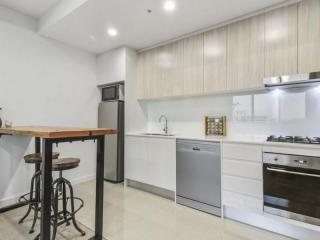 View profile: Fabulous Apartment in Vivid