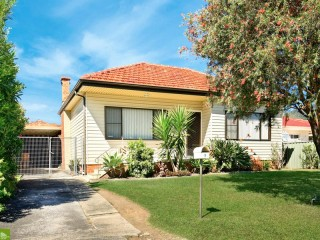 View profile: Cottage for investment or renovation