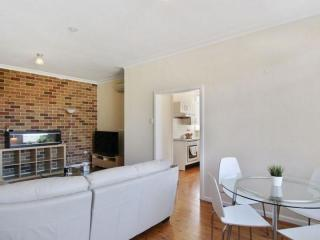 View profile: Quiet neighbourhood but close to everything