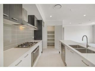 View profile: STUNNING BRAND NEW HOUSE!!!